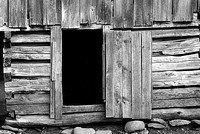 cades-cove-smokehouse07008-Edit